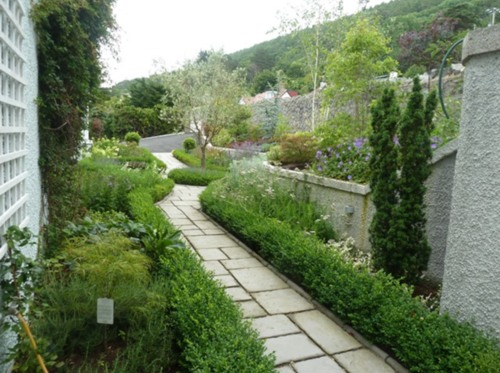 Annett Landscaping Ltd - winner Private Gardens £10,000 - £30,000